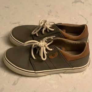 "Sperry Top Sider - Boys ""Ollie"" Size 1"